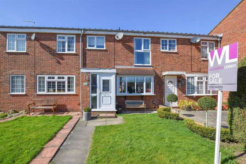 3 Bedrooms Terraced House for sale in Silverfield, Broxbourne