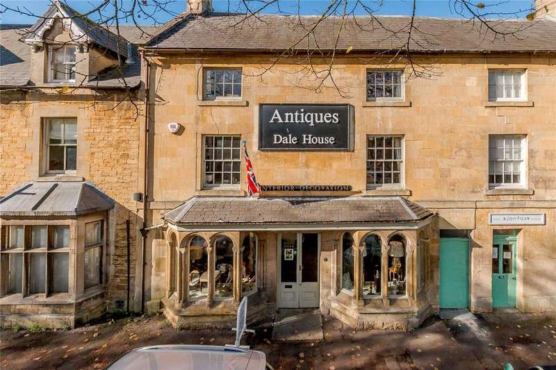 2 Bedrooms Flat for sale in High Street, Moreton In Marsh, Gloucestershire