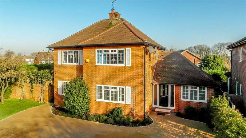 4 Bedrooms Detached House for sale in The Ridgeway, St. Albans, Hertfordshire