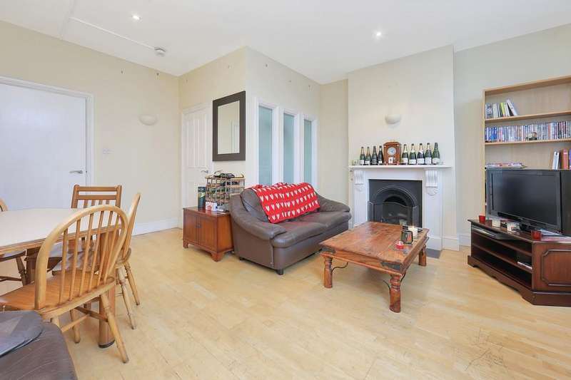 3 Bedrooms Apartment Flat for sale in Acre Lane, London