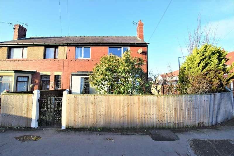 3 Bedrooms Semi Detached House for sale in Abercrombie Road, Fleetwood, Lancashire, FY7 7AU