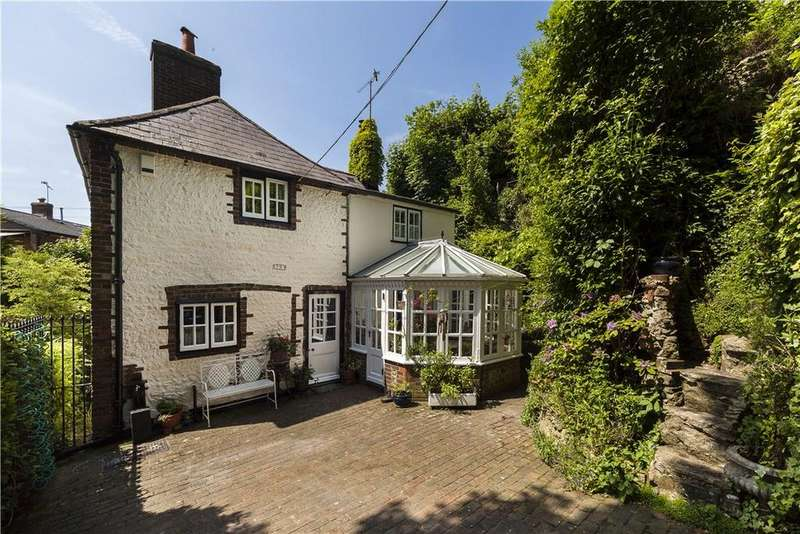 3 Bedrooms Detached House for sale in The Street, Fulking, Henfield, West Sussex, BN5