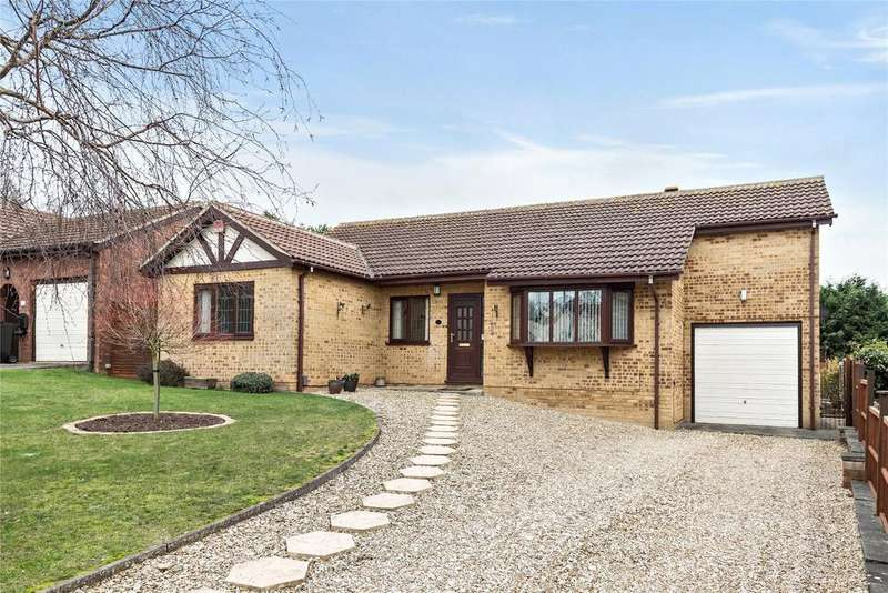 3 Bedrooms Detached Bungalow for sale in Orchard Close, Gonerby Hill Foot, NG31