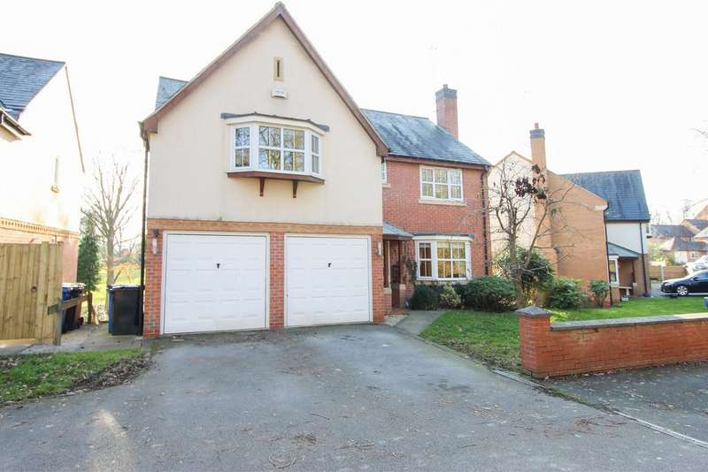 5 Bedrooms Detached House for sale in Woodmere Drive, Old Whittington, Chesterfield