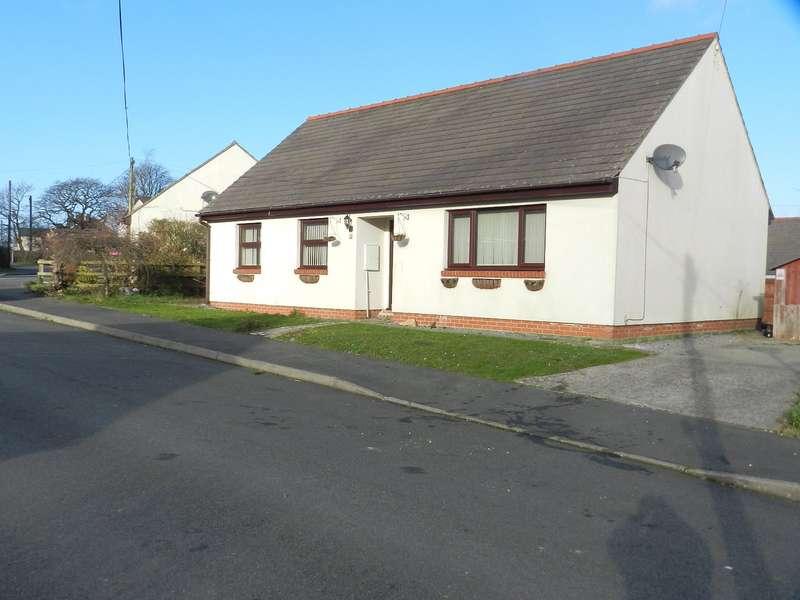 3 Bedrooms Detached Bungalow for sale in Lamborough Crescent, Clarbeston Road, Pembrokeshire
