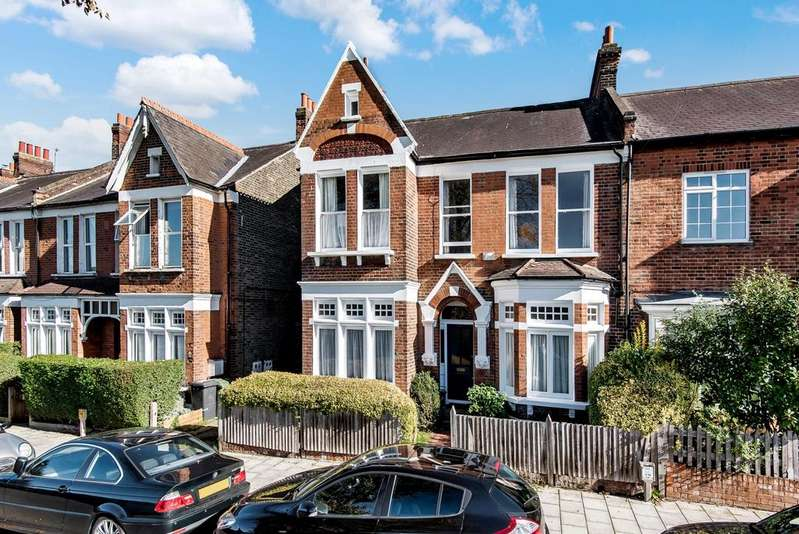 5 Bedrooms Terraced House for sale in Daysbrook Road London SW2