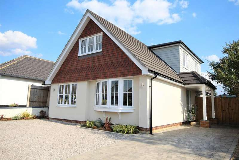 4 Bedrooms Detached House for sale in Paddock Heights, Twyford, Reading