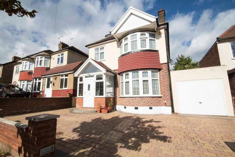4 Bedrooms Detached House for sale in Mount Drive, North Harrow, Middlesex HA2 7RW