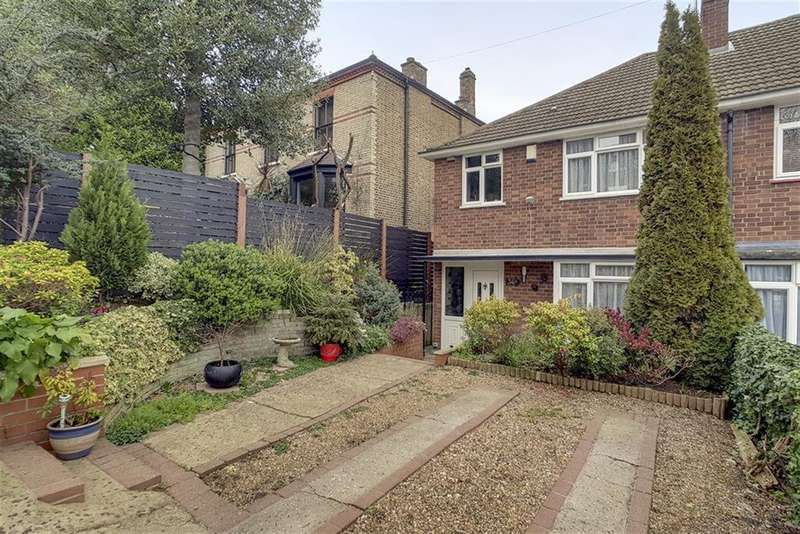 3 Bedrooms Semi Detached House for sale in Panmure Road, SE26
