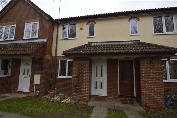 2 Bedrooms Terraced House for sale in The Worthys, Bradley Stoke, BS32 8DQ
