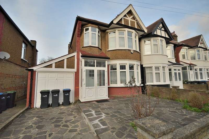 3 Bedrooms Semi Detached House for sale in Norfolk Avenue, London, Greater London. N13