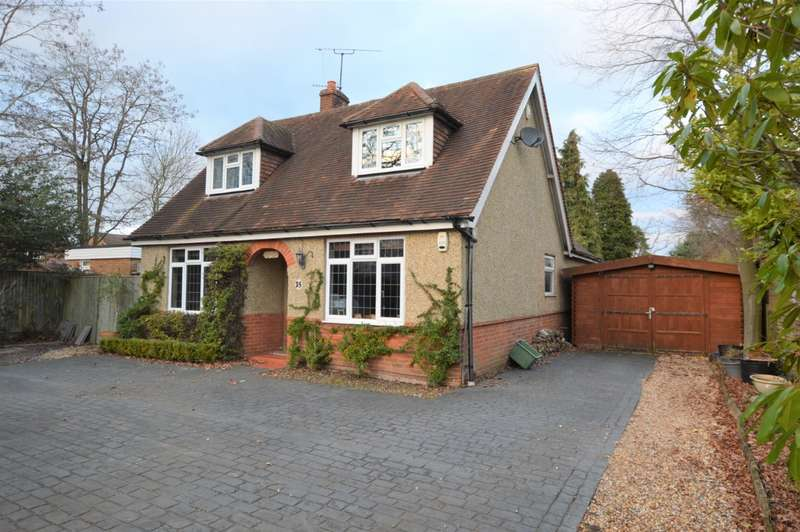 4 Bedrooms Detached House for sale in Victoria Road, Mortimer Common, Reading, RG7