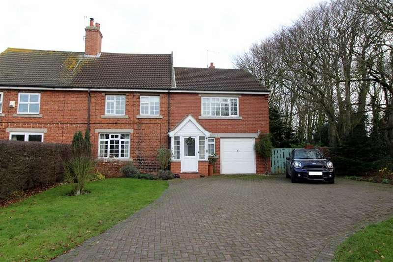 4 Bedrooms Semi Detached House for sale in Main Road, Grimston, East Yorkshire