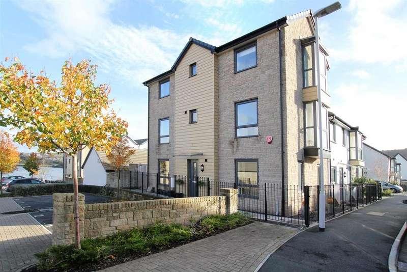 3 Bedrooms Town House for sale in Causeway View, Hooe, Plymstock