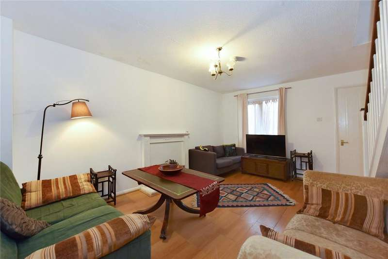 2 Bedrooms House for sale in Dingle Gardens, London