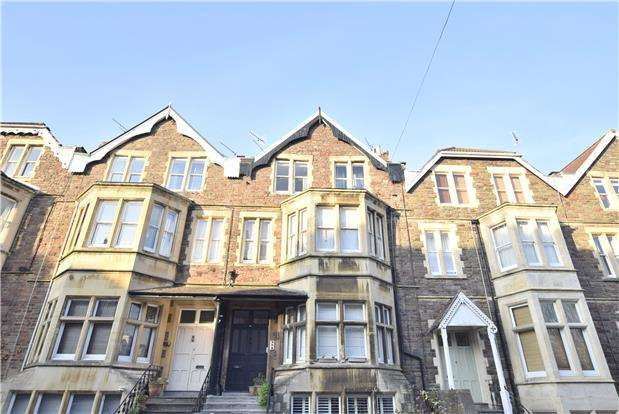 3 Bedrooms Flat for sale in Manilla Road, Clifton, Bristol, BS8 4ED