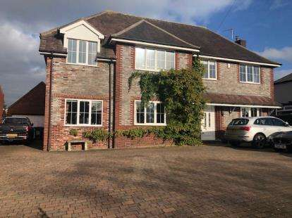 4 Bedrooms Detached House for sale in Liverpool Road West, Church Lawton, Stoke-on-Trent, Cheshire