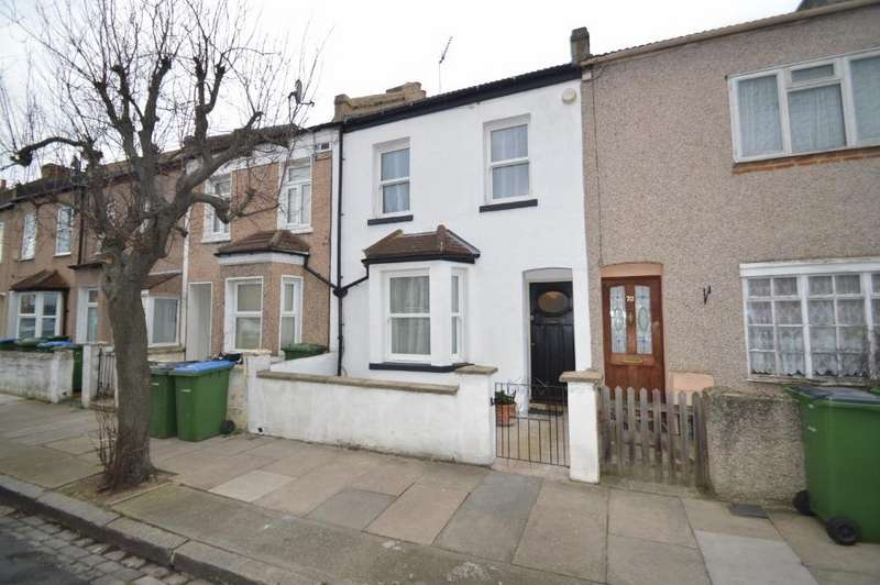 2 Bedrooms Terraced House for sale in Barth Road, Plumstead, London SE18