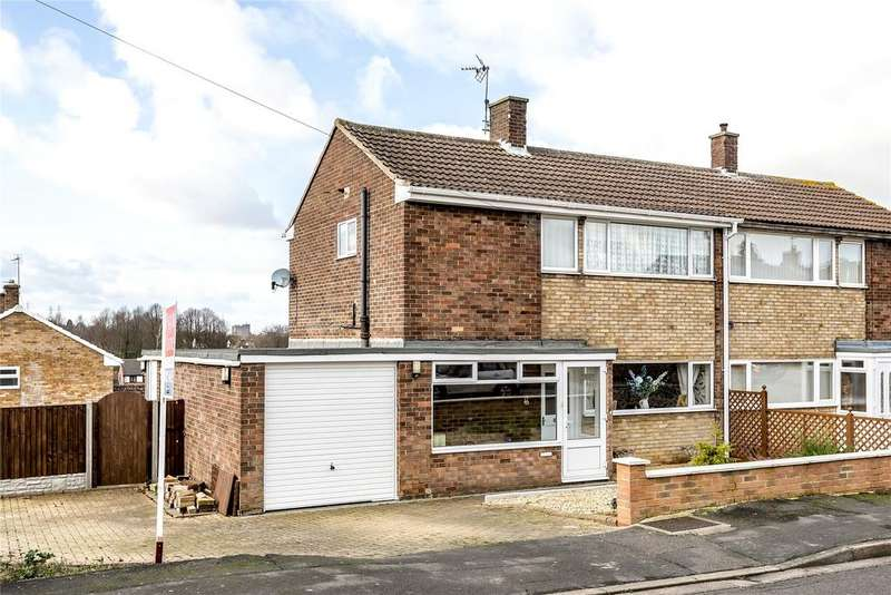 3 Bedrooms Semi Detached House for sale in Somerby Grove, Grantham, NG31