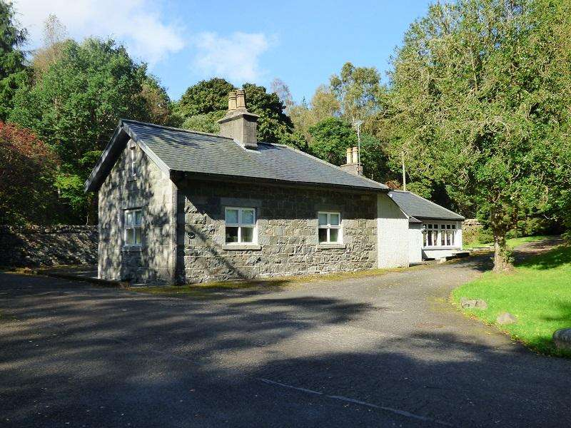 4 Bedrooms Detached House for sale in MId Lodge, Penninghame, Newton Stewart DG8