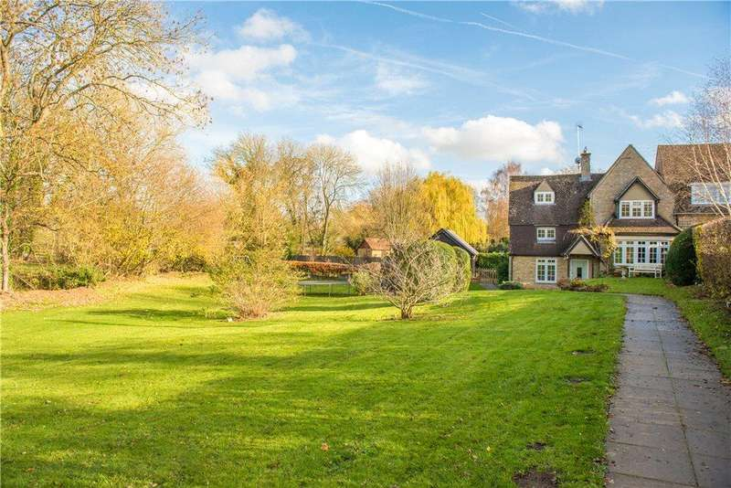 5 Bedrooms Cottage House for sale in High Street, Sharnbrook, Bedford, Bedfordshire