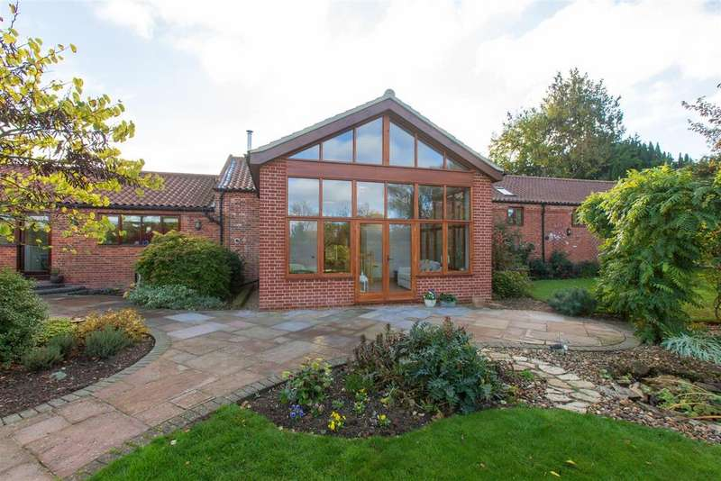5 Bedrooms Barn Conversion Character Property for sale in School Lane, Little Melton, NR9
