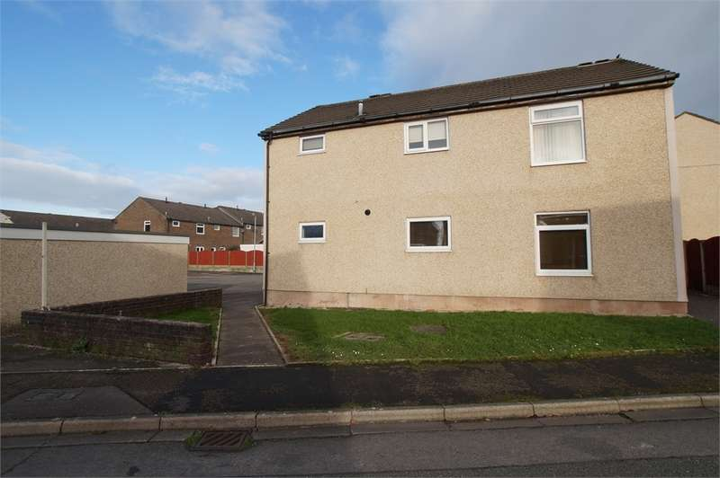 2 Bedrooms Flat for sale in CA22 2ET Dent View, Egremont, Cumbria