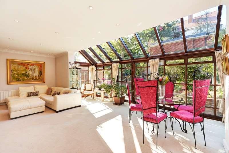 4 Bedrooms Semi Detached House for sale in Ferncroft Avenue, London, London, NW3