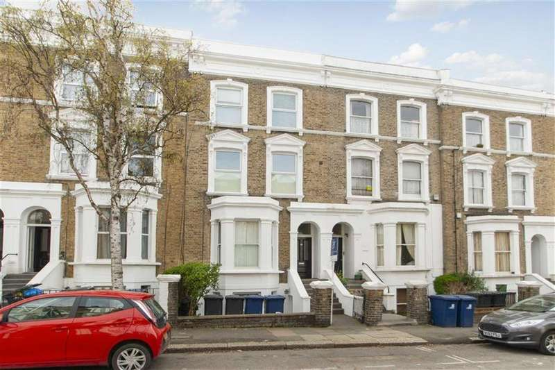 2 Bedrooms Flat for sale in Burlington Gardens, Acton, London