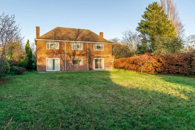 4 Bedrooms Detached House for sale in Barton Road, Cambridge
