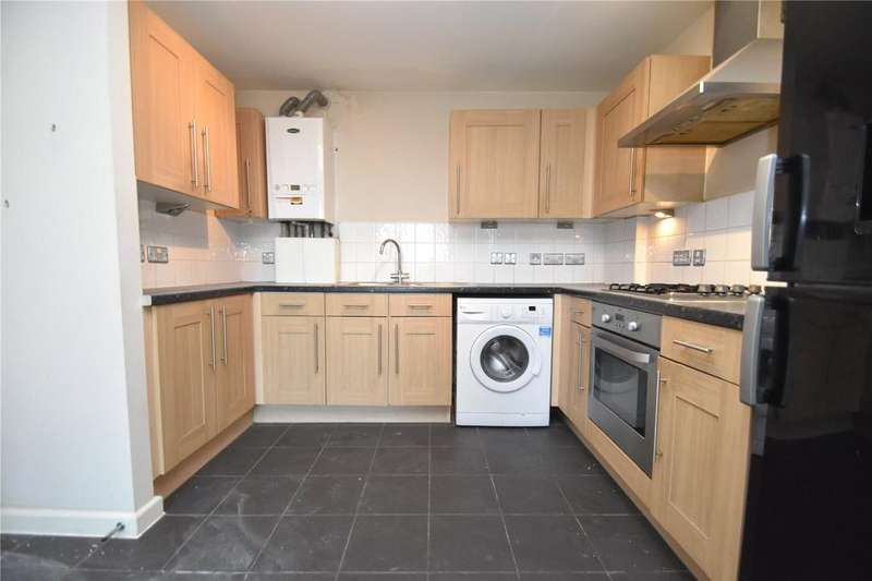 2 Bedrooms Apartment Flat for sale in Emma House, 2 Market Link, Romford, RM1