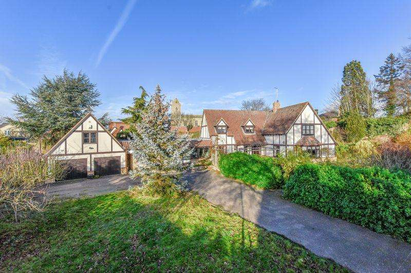 5 Bedrooms Detached House for sale in Limestone Close, Isleham, CB7 5RP