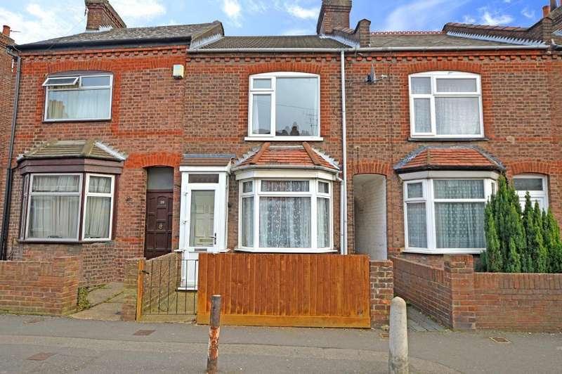 3 Bedrooms Terraced House for sale in Ramridge Road, Round Green, Luton, LU2 0TQ
