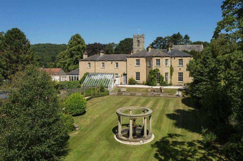 6 Bedrooms Detached House for sale in Comber House and Comber House Lodge, Thornton le Dale