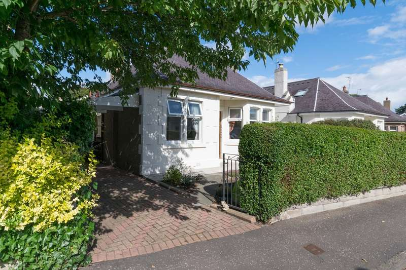 3 Bedrooms Bungalow for sale in Priestfield Avenue, Edinburgh, EH16