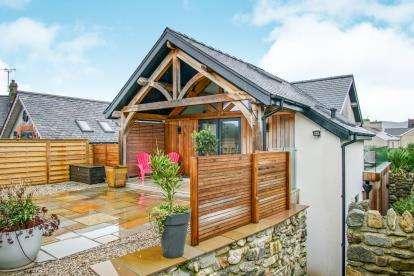 3 Bedrooms Detached House for sale in Pantlon Cottage, Lon Isaf, Morfa Nefyn, Gwynedd, LL53