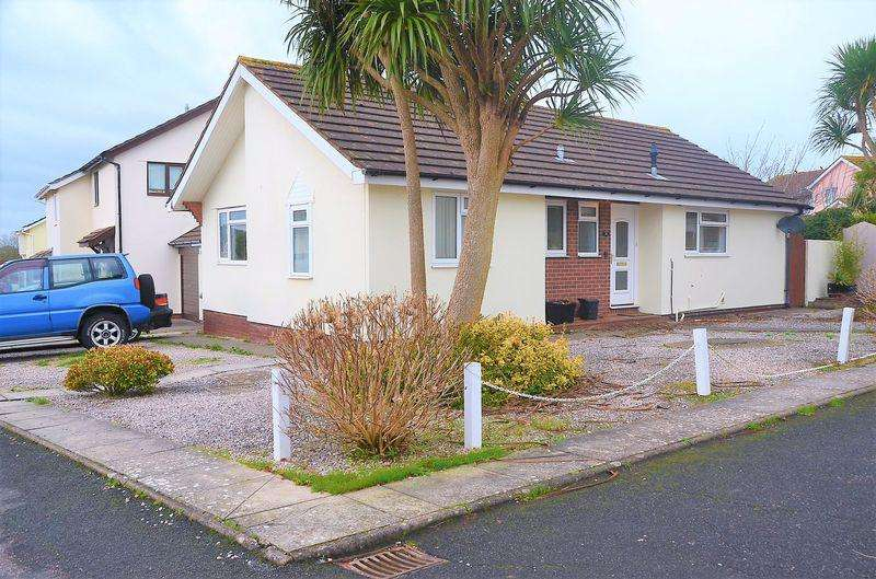 3 Bedrooms Bungalow for sale in HUNTERS TOR DRIVE PAIGNTON