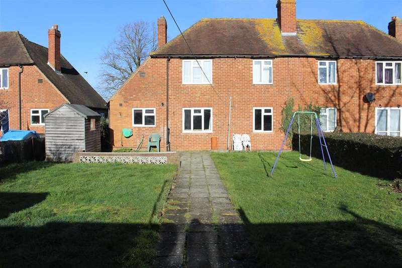 3 Bedrooms Semi Detached House for sale in Headley Road, Woodley, Reading