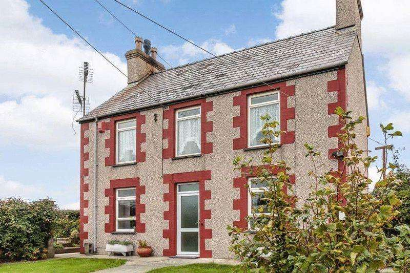 5 Bedrooms Detached House for sale in Bodorgan, Anglesey