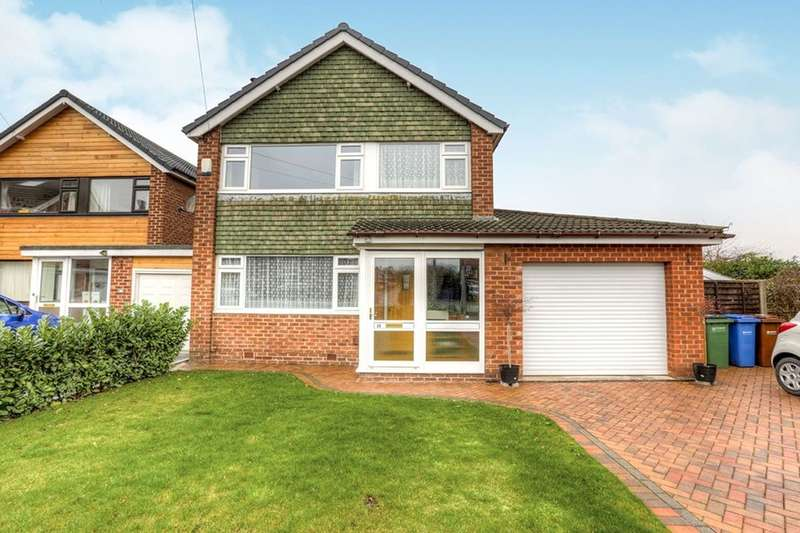 3 Bedrooms Detached House for sale in Lomond Close, Stockport, SK2