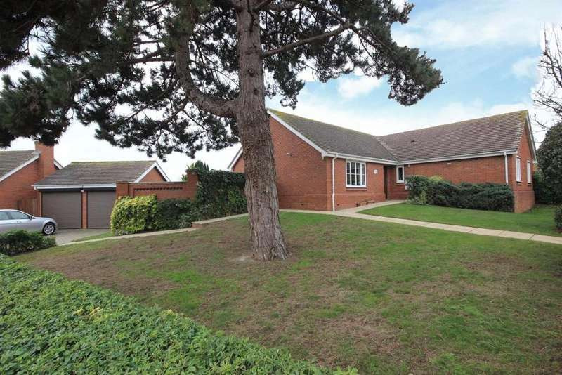 3 Bedrooms Detached Bungalow for sale in Pear Tree Close, Bromham