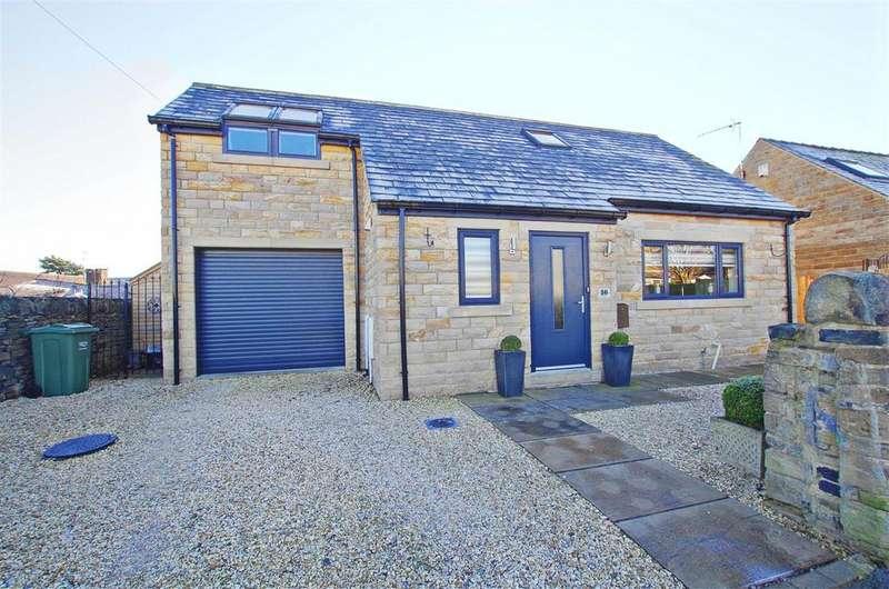 2 Bedrooms Detached House for sale in Hullen Road, Elland