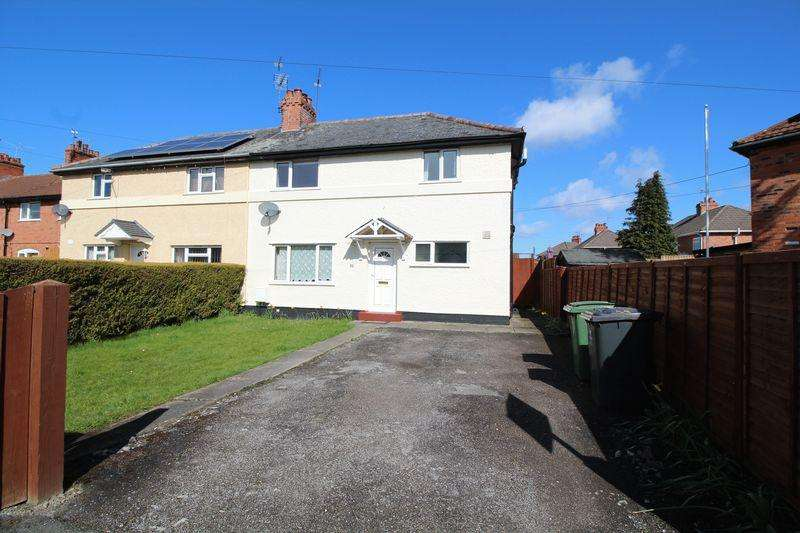 3 Bedrooms Semi Detached House for sale in Charles Street, Chirk