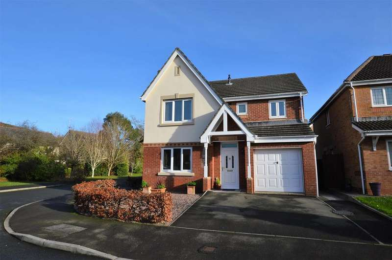4 Bedrooms Detached House for sale in Cysgod Y Graig, Burry Port