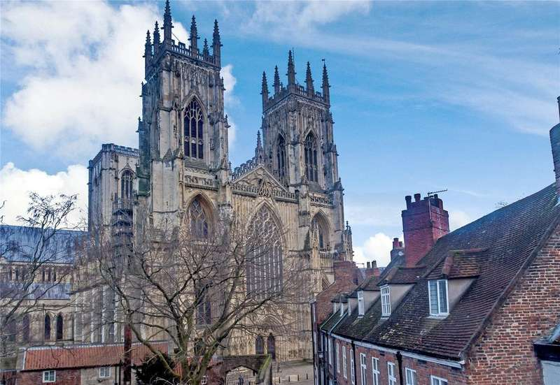 2 Bedrooms Flat for sale in The Purey Cust, York, YO1