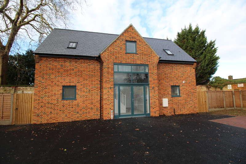 3 Bedrooms Detached House for sale in Plot 3 Coach House Mews, Church Lane, Goldington, MK41