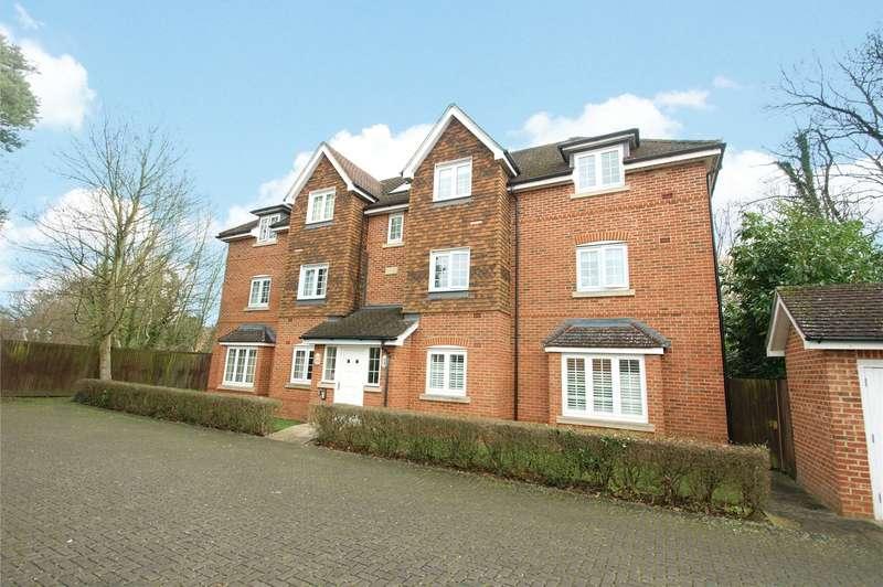 2 Bedrooms Apartment Flat for sale in Landen Grove, Wokingham, Berkshire, RG41
