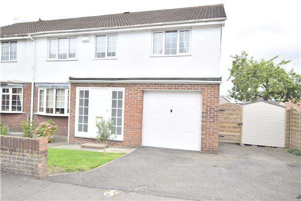 5 Bedrooms Semi Detached House for sale in Dyrham Road, BRISTOL, BS15 4HW