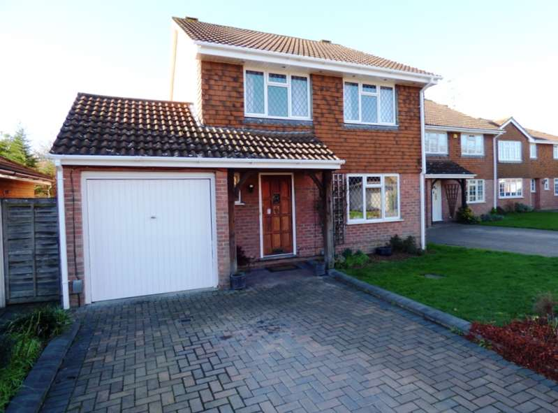 4 Bedrooms Detached House for sale in Barholm Close, Lower Earley