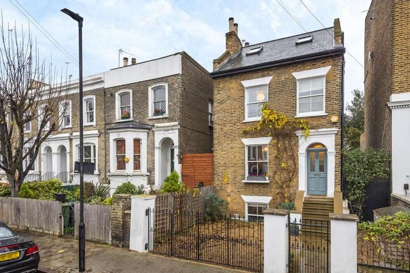 4 Bedrooms Detached House for sale in Shakespeare Road, Herne Hill